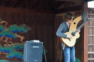 高尾和樹ギター